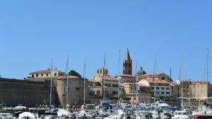 Alghero vue vieille ville 1