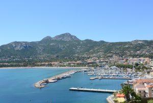 Vue sur port de la citadelle Calvi
