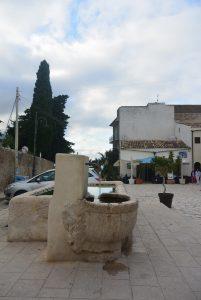 Scopello fontaine place